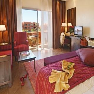 Kenzi Menara Palace Hotel de lujo 5 estrellas en Estambul. Wifi gratis y transporte gratuito al centro de la ciudad